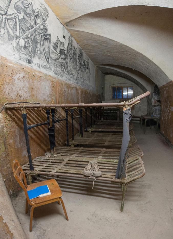 Patarei-Merekindlus---Estonia-Tallinn-prison-abandoned-bunk-beds-cell