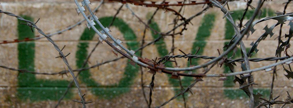tallinn-prison-love-barbwire